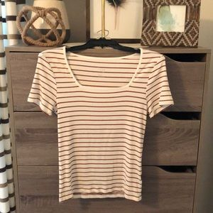 🌸Brown and cream stripped Top